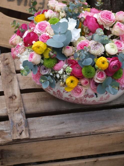 centro de flores en el columpio
