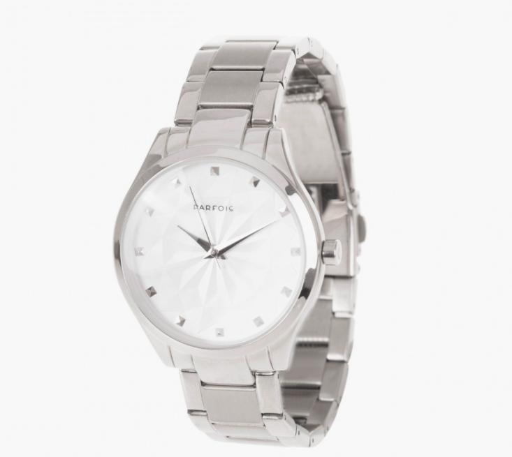 reloj plateado de Parfois