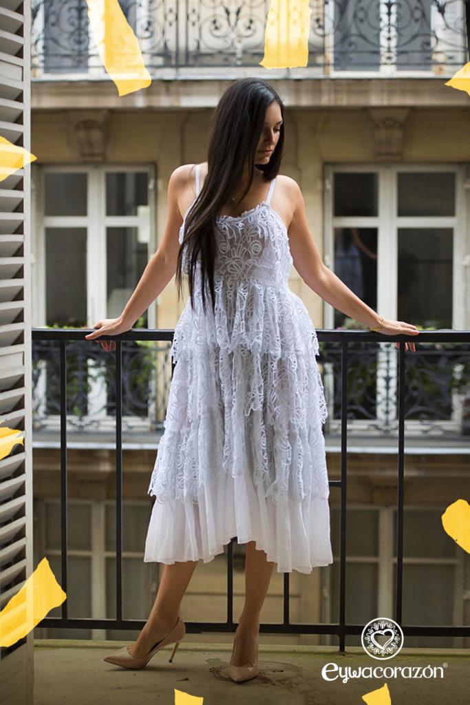 Vestido blanco Eywacorazon La Sierra con estilo